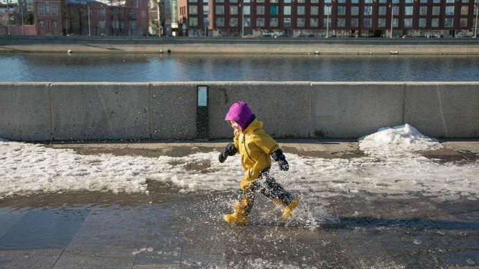Весна близко: воздух в Москве прогреется до +8 градусов