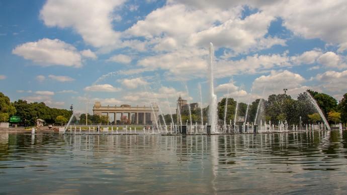 Фонтаны в Парке Горького и на Поклонной горе откроют весной 2019 года