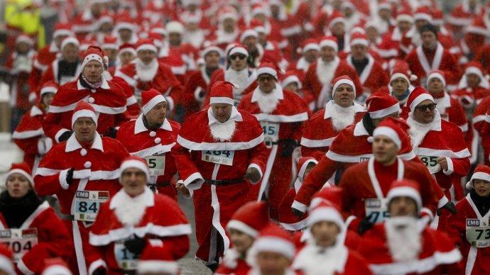 В Петербурге проведут забег Дедов Морозов