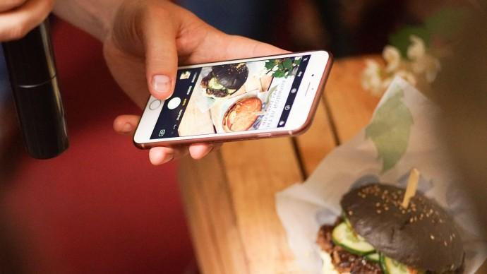 Delivery Club и r_keeper поддержат новые рестораны