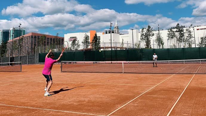 В парке на Ходынке вновь открыты теннисные корты