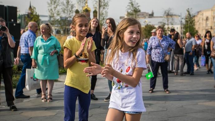 Большой семейный фестиваль в Приморском парке Победы