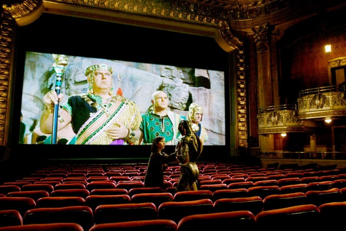 5 кинотеатров, где можно смотреть лучшие фильмы в оригинале