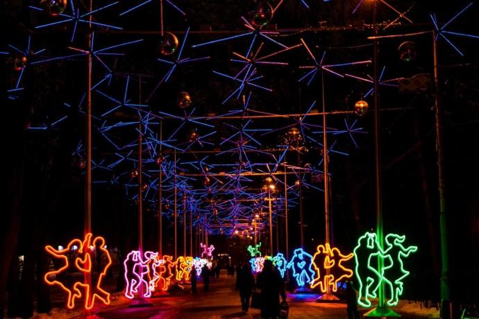 Как украсили парки Москвы к Новому году: видеоподборка ParkSeason