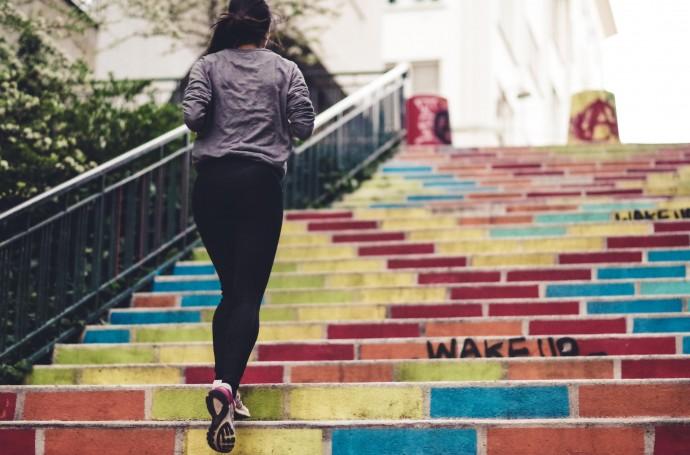 «Мода — не здоровье»: фитнес-инструктор о вреде самостоятельных тренировок
