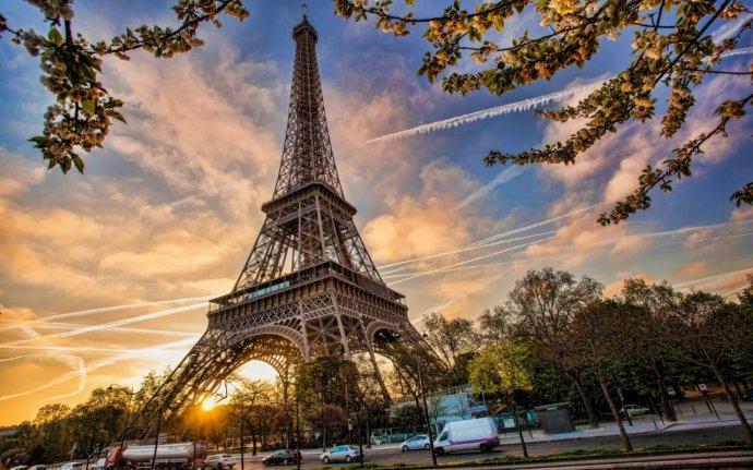Париж в Москве: как пройдет День Франции на «Флаконе»