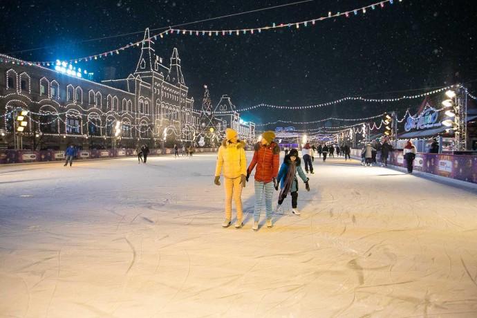 Лед в сердце столицы: ГУМ-каток на Красной площади