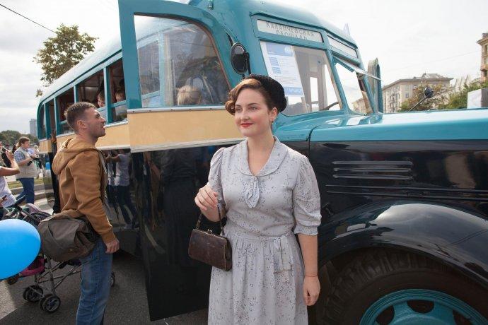 Фото: парад ретро-автобусов в Москве