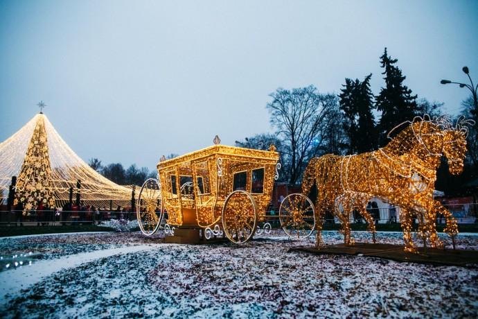 Олени, Щелкунчики и медведи: кто «поселился» в Москве этой зимой