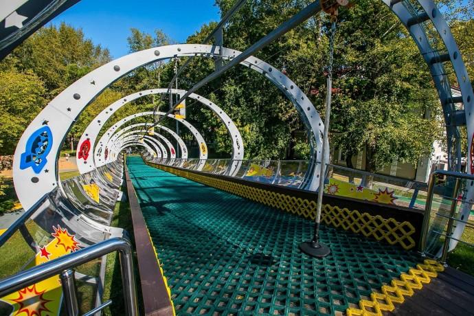 6 современных детских площадок в парках Москвы