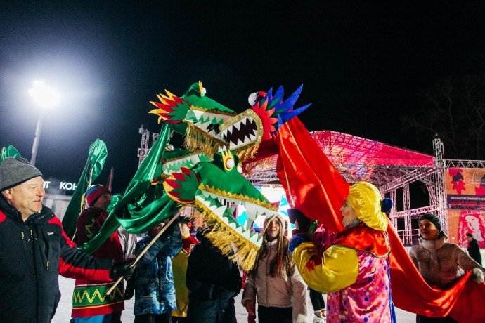 Каток в китайском стиле: как прошло открытие сезона в парке «Сокольники»