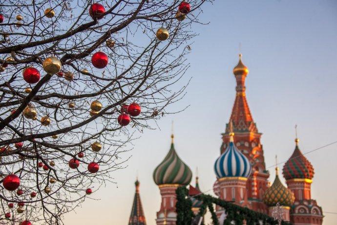 Фото: Как готовят к Новому году Красную площадь