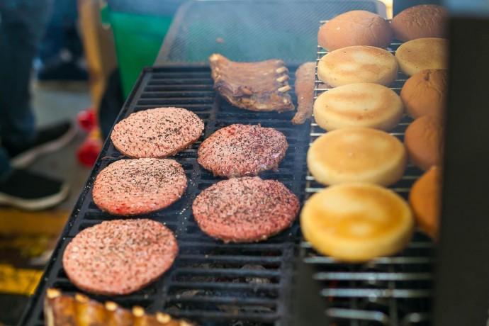 Фестиваль барбекю на «Флаконе»: гид ParkSeason