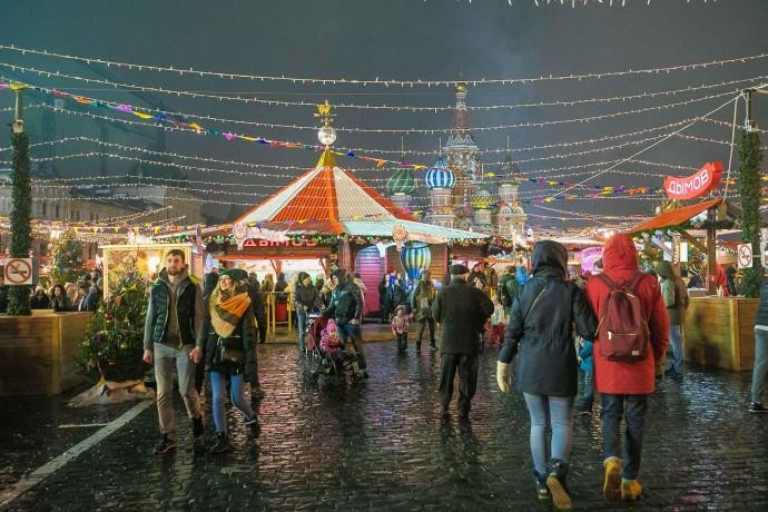 Где искать новогоднее настроение: ГУМ-ярмарка на Красной площади