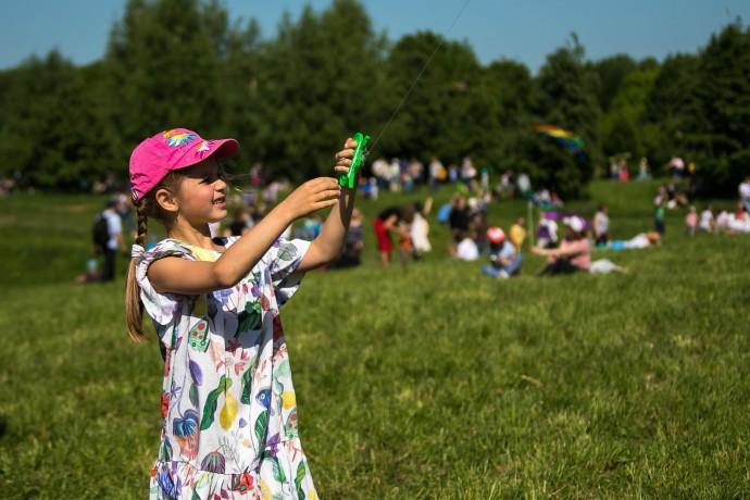 Лето в городе: подборка детских лагерей в Москве