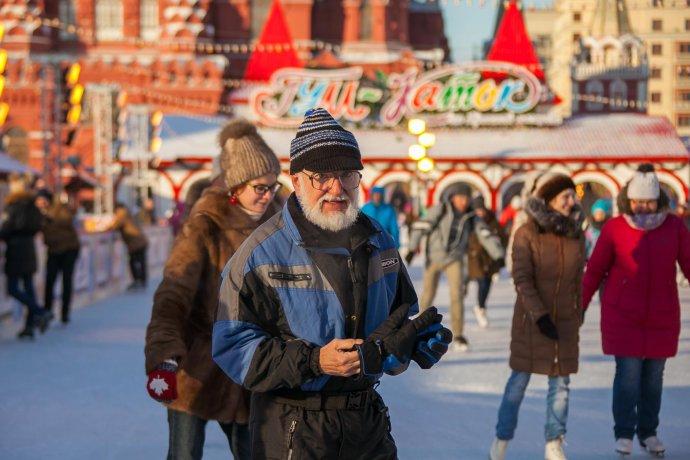 Новое: ГУМ-каток на Красной площади
