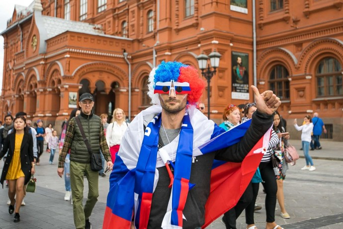 Болельщики у Красной площади: как начался Чемпионат мира по футболу
