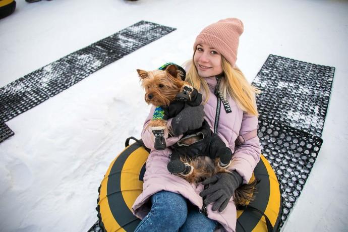 Снежные забавы: как отмечали 23 февраля в московских парках