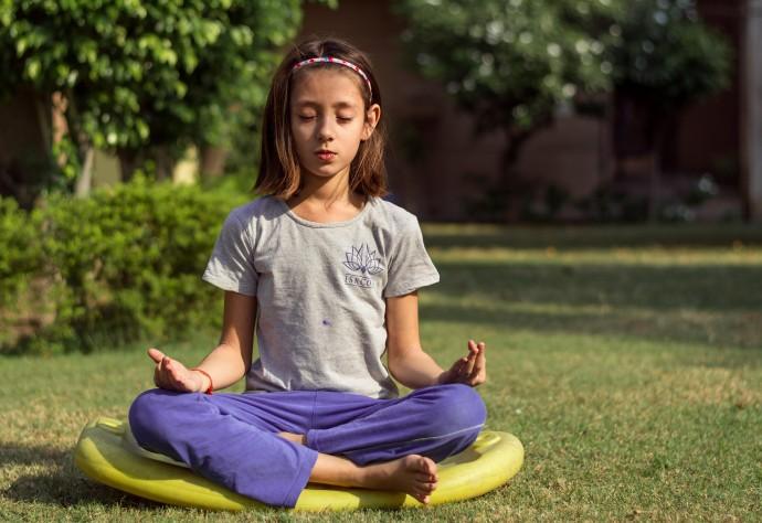 От йоги до зумбы: бесплатные летние занятия в столичных парках