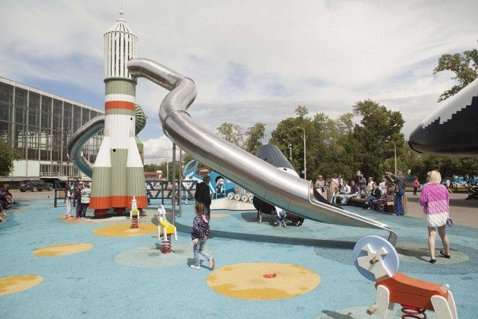 Фото: Интерактивная детская площадка «Космос» на ВДНХ
