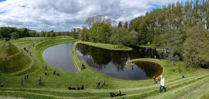 Лучшие парки мира: «Сад космических размышлений». Город Дамфрис, Шотландия, Великобритания